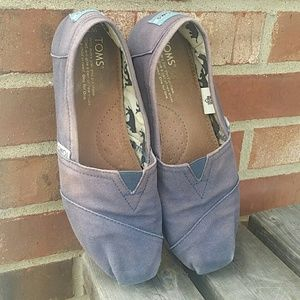 Well Loved Toms